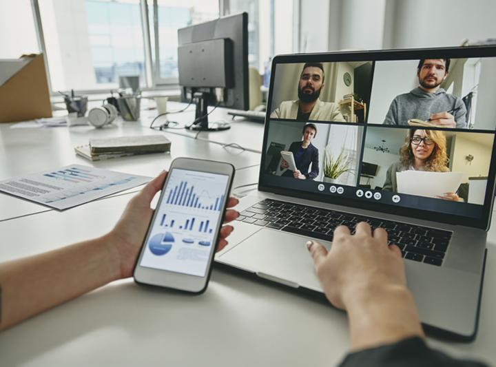 Como realizar um treinamento de vendas online?